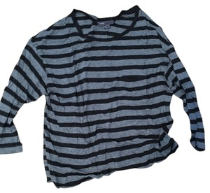 Vince T Shirt Light and dark grey stripe