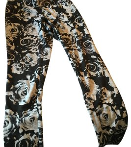 Soulmates Black and white Leggings