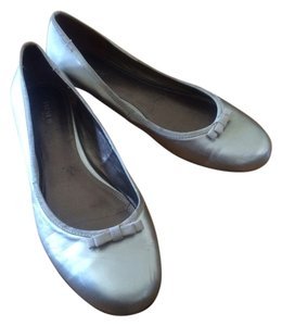 Preview International Silver Gold Metallic Flats