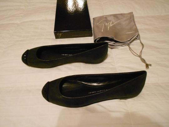 Giuseppe Zanotti Swarovski Accents Cap Toe Shimmer Finish Sueded Quality Made In Italy Grey Flats Image 1