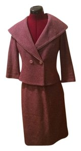 St. John St John collection mauve/pink suit