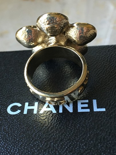 Chanel Chanel Classic CC Crystal Flower Camellia Ring Image 3