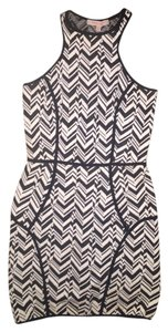 INTERMIX Cocktail Night Out Size Xs Sold Out Dress