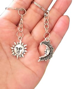 Set of Sun and Moon face Charm Keychain, Best Friends Gift, Lover Gift , Sun and Moon Couples Keychains, Mother Daughter Keychain set.