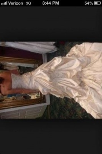 Maggie Sottero Alabaster Ambrosia Traditional Wedding Dress Size Petite 8 (M)