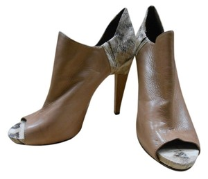Vince Camuto Bootie Camel Boots