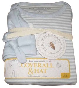 """Burt's Bee BABY New! Choice of Size Burt's Bees Baby """"bee essentials"""" 2 Piece Set Sky Blue & White Stripe Footed Coveralls & Sky Blue Knotted Hat Ribbed 100% Organic Cotton"""