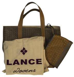 Lance New York Tote in beige