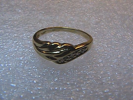 Vintage 10k Vintage .03 cts Diamond Band Ring