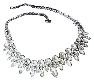 Weiss Furs VINTAGE WEISS SIGNED RHINESTONE STATEMENT NECKLACE