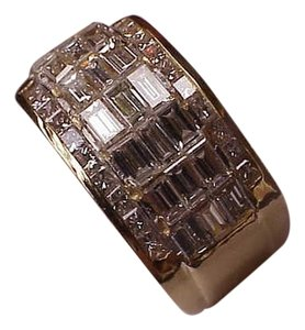 $15,817 Unique 18K Yellow Gold 2.16ct VS/H Genuine Diamonds Wedding Ring Band