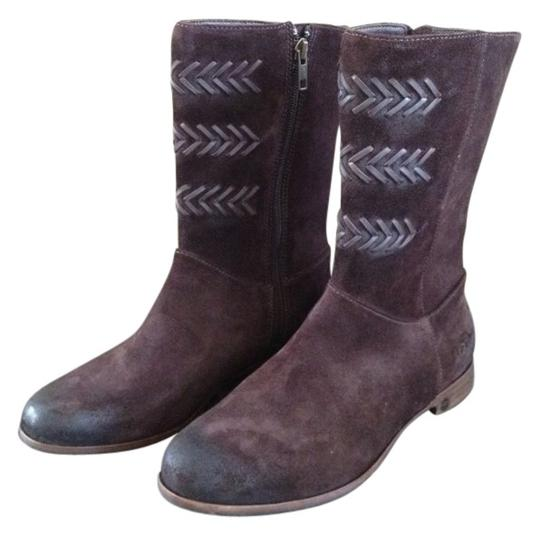 Preload https://img-static.tradesy.com/item/140480/ugg-australia-chocolate-brown-cailyn-suede-bootsbooties-size-us-7-0-0-540-540.jpg