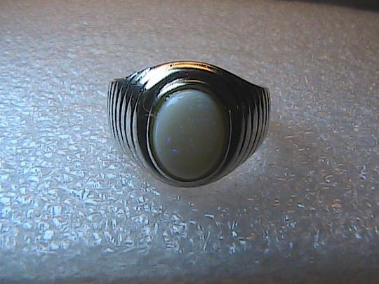 Unknown Sterling Silver 2.8 carats Oval Cut Opal Ring