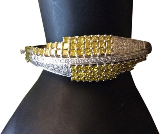 Preload https://img-static.tradesy.com/item/1405279/14k-canary-princess-cut-diamonds-and-white-pave-diamond-bangle-0-0-540-540.jpg