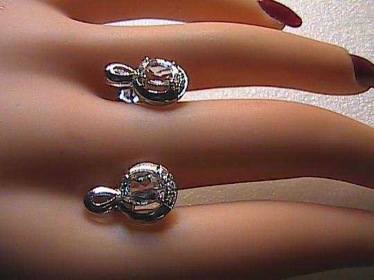Unknown Sterling Silver 1.6 carats Oval White Topaz Stud Earrings