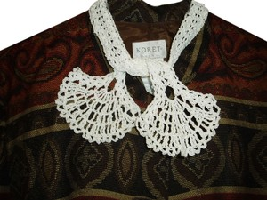 Other Vintage Hand Crocheted Collar - White- Tie/Wrap Style