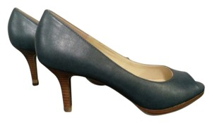 Kelly & Katie Heel Platform Casual Blue Pumps
