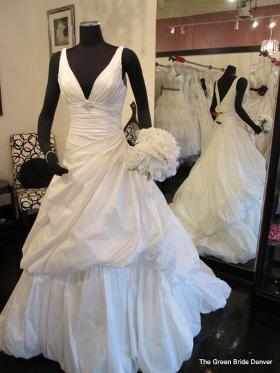 Rosa Clará White Stnthetic Aire Modern Wedding Dress Size 12 (L)