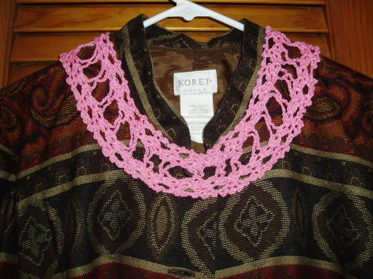 Other Unusual Unique Vintage Deep rose/Pink Hand Crocheted Collar Bodice Accessory
