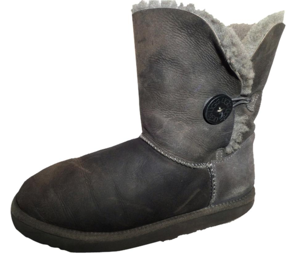 797f5eac43a UGG Australia Gray Uggs Bailey Button Short Suede Leather Shearling Fur  Lined Flat Boots/Booties Size US 10 Regular (M, B)