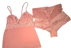 Marilyn Monroe for Macy's Set Hipster Panty Top Terra Cotta Peach Lace