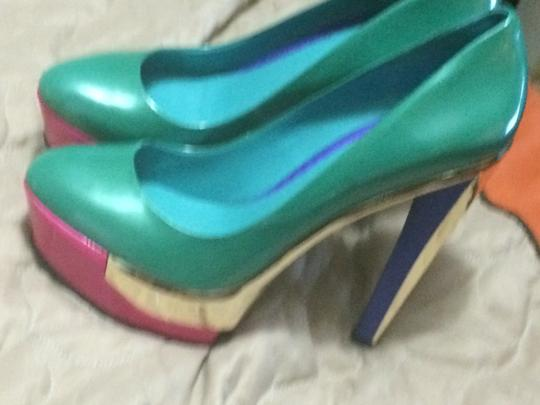 Brian Atwood GREEN,PINK GOLD Pumps