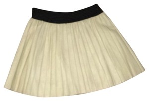 Parker Skirt Very Light Tan