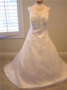 Mon Cheri Unknown Wedding Dress