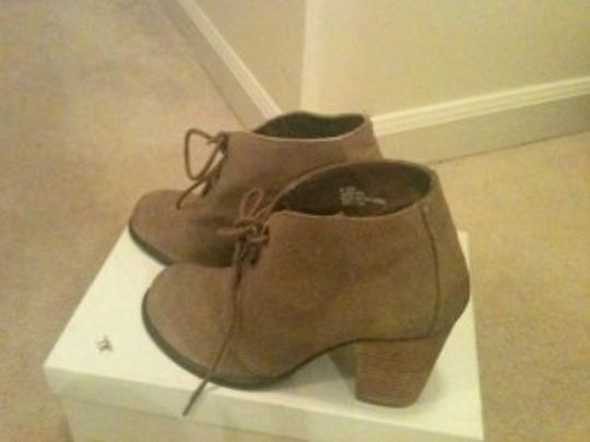 Steve Madden Suede Khaki, Brown, Tan Boots