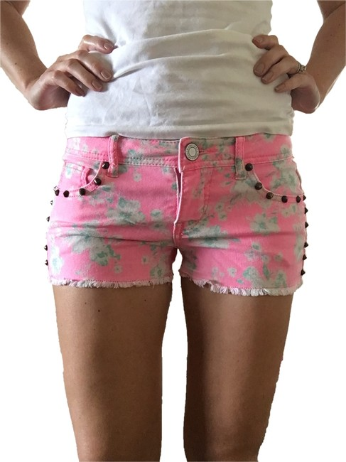 Mossimo Supply Co. Pink Vintage Bright with Teal and White Floral Design and Studs Shorts Size 4 (S, 27) Mossimo Supply Co. Pink Vintage Bright with Teal and White Floral Design and Studs Shorts Size 4 (S, 27) Image 1