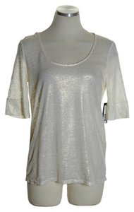 Alice + Olivia Gold Shimmer Short Sleeve T Shirt Ivory