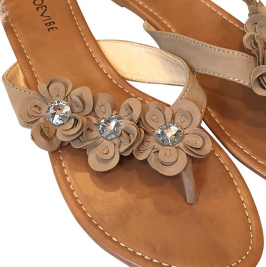 Preload https://img-static.tradesy.com/item/14062984/tan-new-crystal-flowers-faux-suede-sandals-size-us-10-regular-m-b-0-1-540-540.jpg