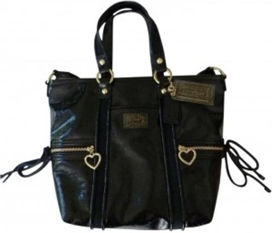 Preload https://item2.tradesy.com/images/coach-black-leather-tote-140641-0-0.jpg?width=440&height=440