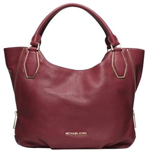 Michael Kors Tote in Claret