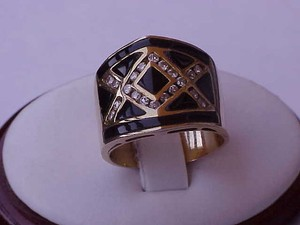 Other Incredible works of Art, Deco Vintage 14k Yellow Gold Ring:Diamonds & Enamel ,1930's