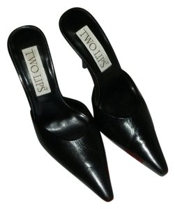 Two Lips Black Mules