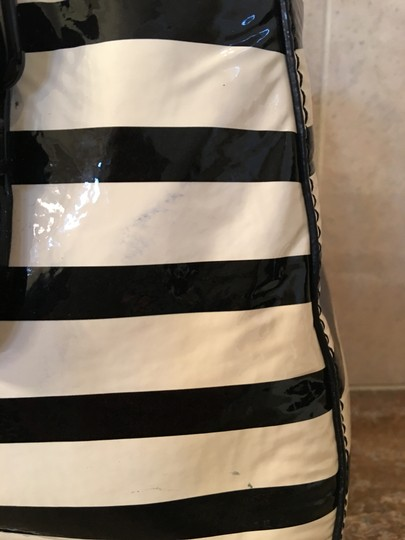 Kate Spade Patent Leather Cross Body Bag Image 3