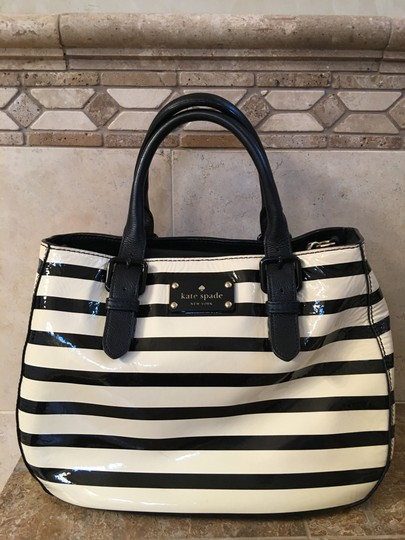 Kate Spade Patent Leather Cross Body Bag Image 4