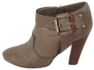 Chloé Leather Round Toe Brown Boots
