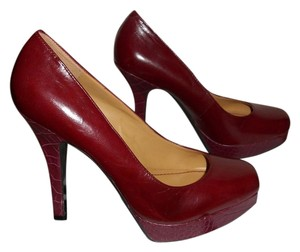 Nine West Platform Leather Burgundy Pumps