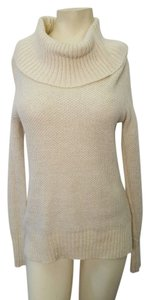 Old Navy Old Navy Cream Sweater