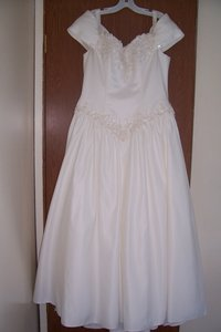 David's Bridal Forever Collection Wedding Dress