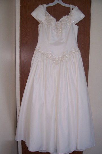 David's Bridal Ivory Satin Forever Collection Feminine Dress Size 16 (XL, Plus 0x)