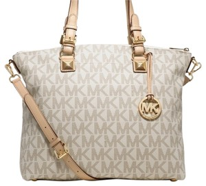 Michael Kors Tote in Vanila