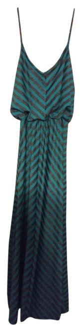 Preload https://img-static.tradesy.com/item/14080102/laundry-by-shelli-segal-greengrey-long-casual-maxi-dress-size-12-l-0-1-650-650.jpg