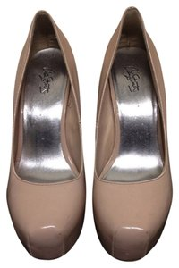 city streits Nude Platforms