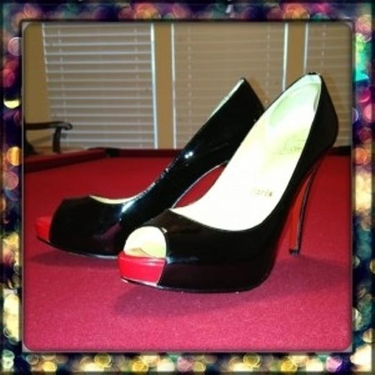 Christian Louboutin Size 40 Black Patent Leather with Red Peep Toe Pumps