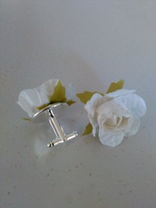 Tracey Vest White Rosette Cuff Links