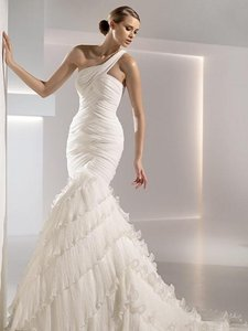 Pronovias Pronovias Gaudi Mermaid Dress Wedding Dress