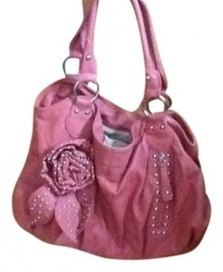 Preload https://item5.tradesy.com/images/shoedazzle-purse-salmon-coral-faux-leather-hobo-bag-140829-0-0.jpg?width=440&height=440